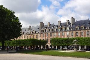 Houses on Place des Vosges