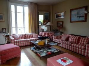 Paris flat: Living room