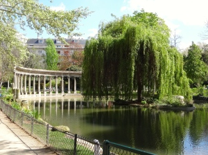 Pond at Parc Monceau