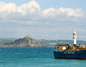 St Michael's Mount from Penzance: On a clear day