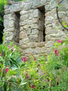 A garden wall in the Mediterranean Basin